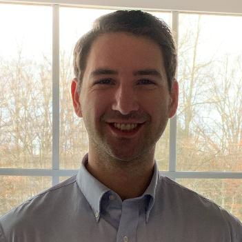 Headshot of Eli Kramer